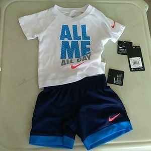 Nike 12 Months Baby Boys Outfit, New with tag